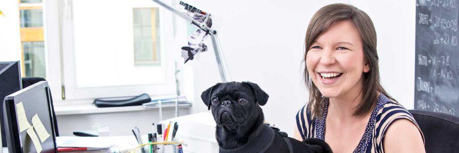 Ein Bürohund macht Mitarbeiter loyaler und vermindert die Recrutingkosten